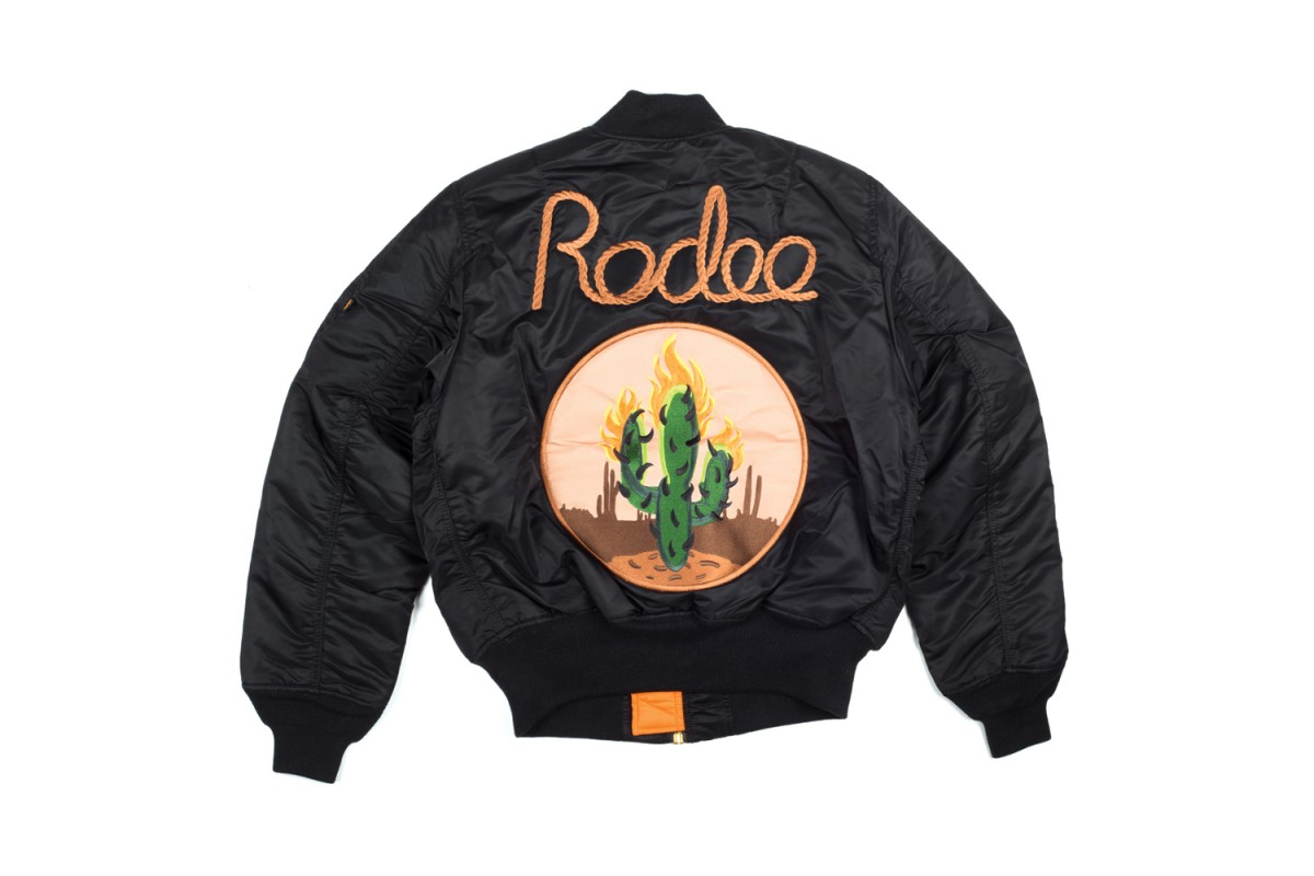 travis-scott-rodeo-tour-merch-3-1200x800