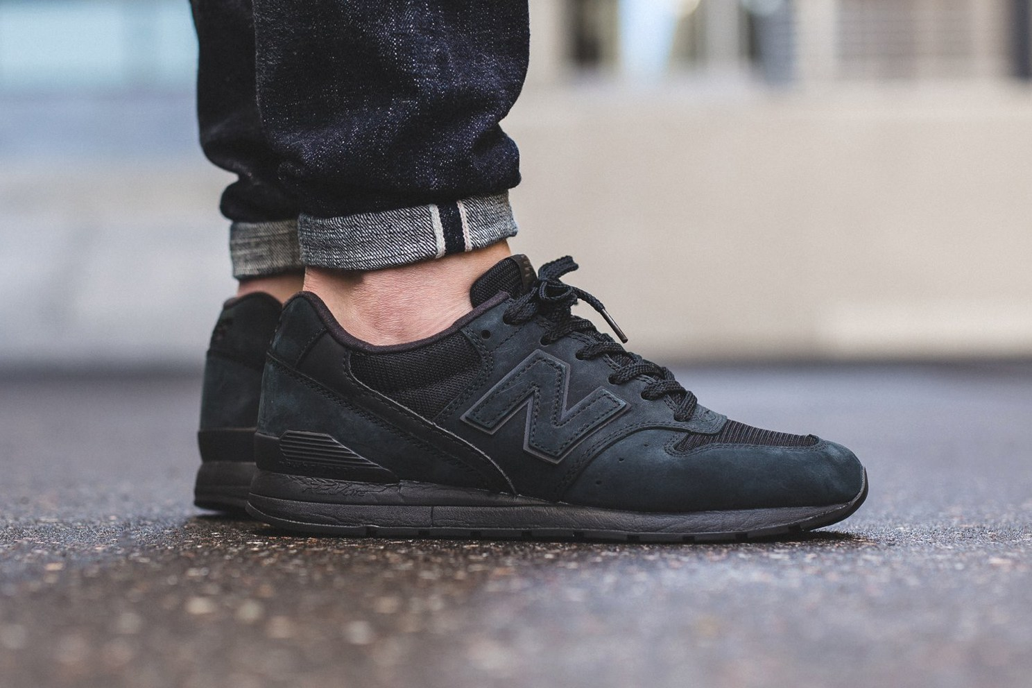 New Balance dévoile la nouvelle MRL996KP « All Black »
