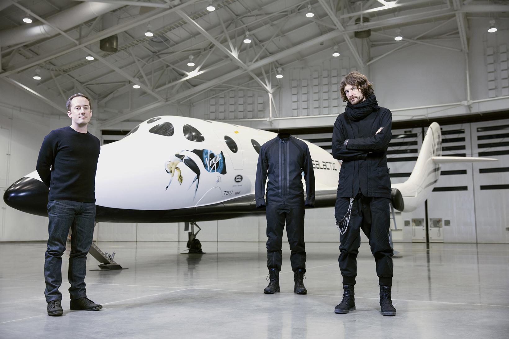 Y-3 crée l'événement avec la première collection spaciale