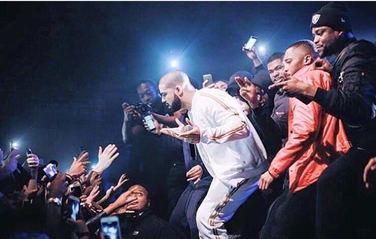 Drake apparaît par surprise lors du show des Section Boyz à Londres