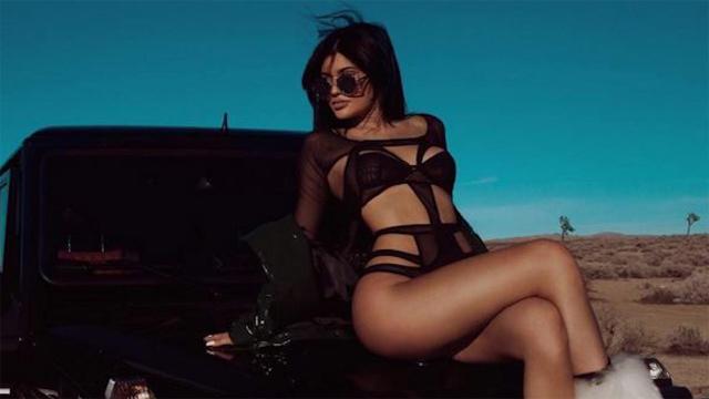 Kylie-Jenner-ultra-sexy puma