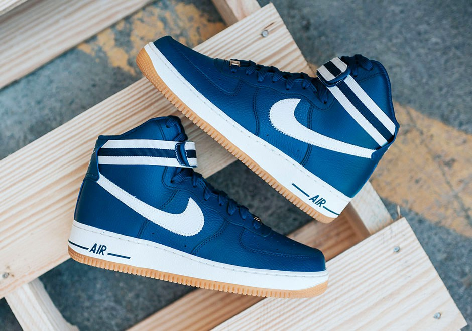 Nike largue les amarres avec sa Air Force 1 High '07 « Blue Coastal »