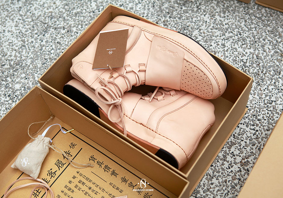 sneaker-homie-adidas-yeezy-boost-750-tan-leather-1