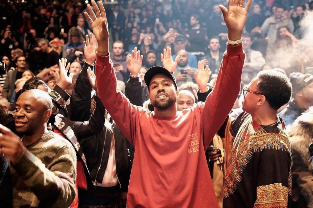 """Kanye West n'a pas fini de nous gâter et dévoile le nouveau son """"Ultralight Prayer"""""""
