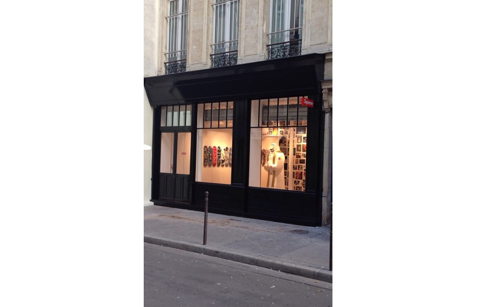 Les premières images du Store Supreme de Paris ! 257bbf7329