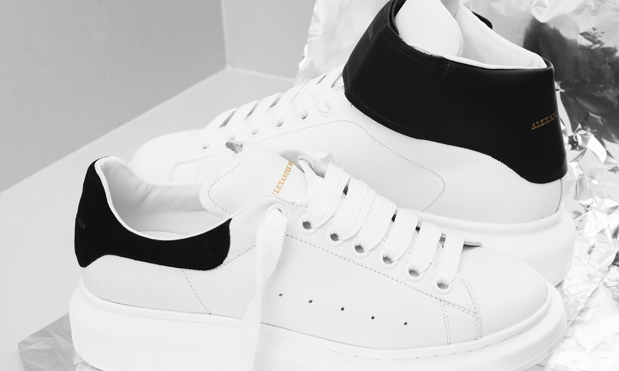 alexander-mcqueen-sneakers-visual-magazine-closer-look-4