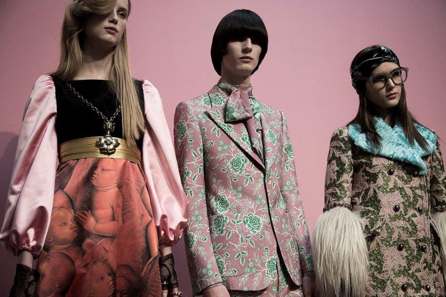 Dès 2017, Gucci ne présentera que des défilés mixtes