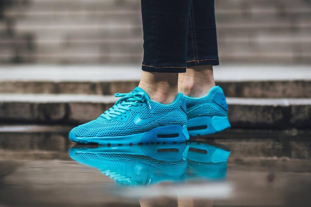Nike continue dans sa lignée du bleu