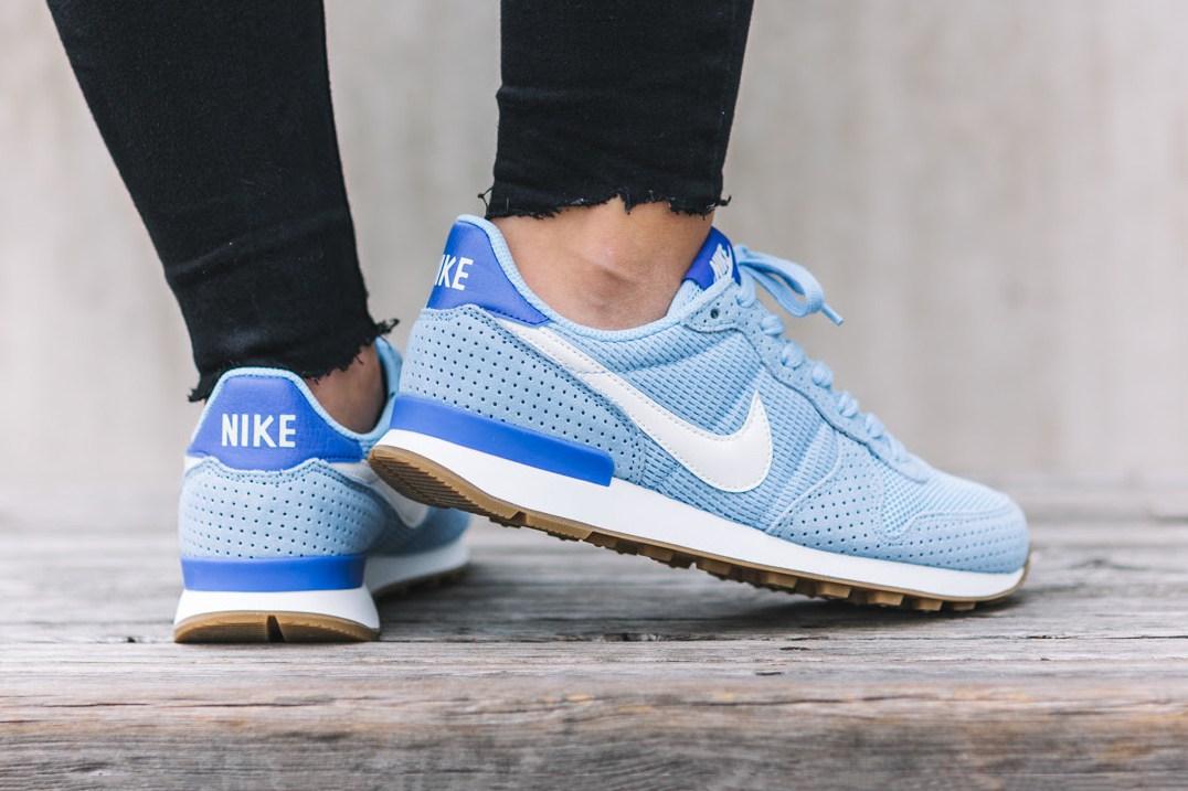 Nike sort de nouvelles Internationalist aux couleurs du ciel