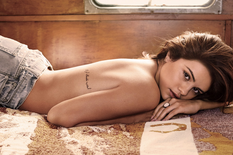 selena-gomez-gq-may-2016-7
