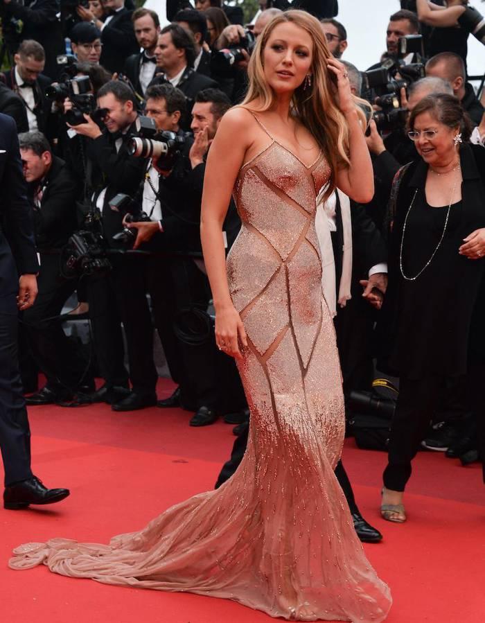 Blake Lively lors de la cérémonie d'ouverture du festival de Cannes 2016