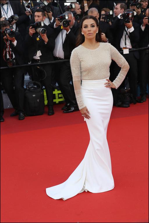 Eva Longoria lors de la cérémonie d'ouverture du festival de Cannes 2016