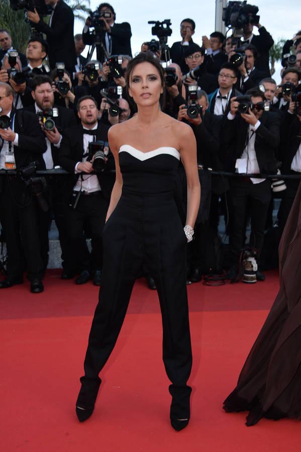 Victoria Beckham lors de la cérémonie d'ouverture du festival de Cannes 2016