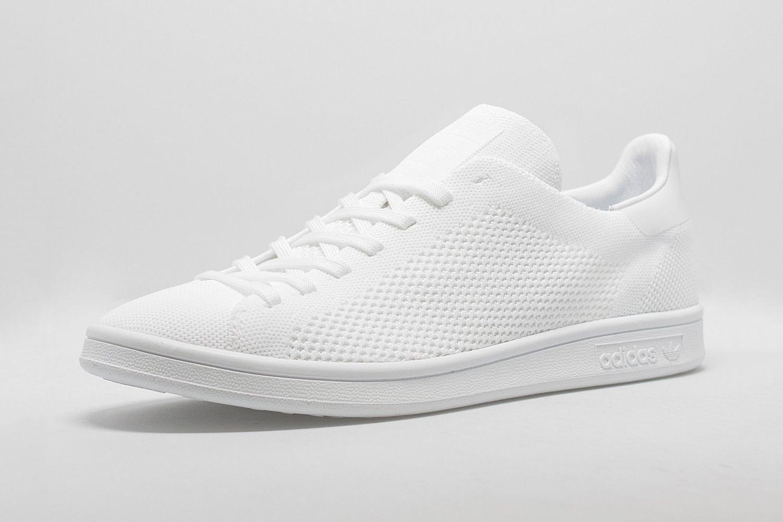 Adidas Originals équipe sa Stan Smith d'un Primeknit Triple White & Black