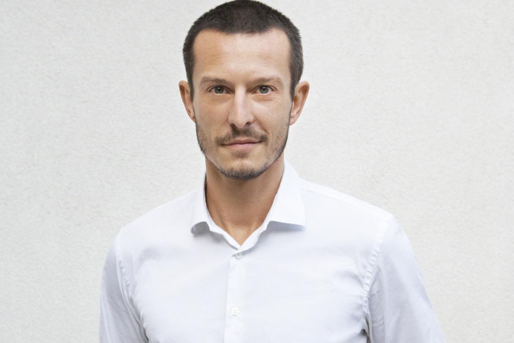 Jonathan Saunders prend les rênes de la création de Diane Von Furstenberg