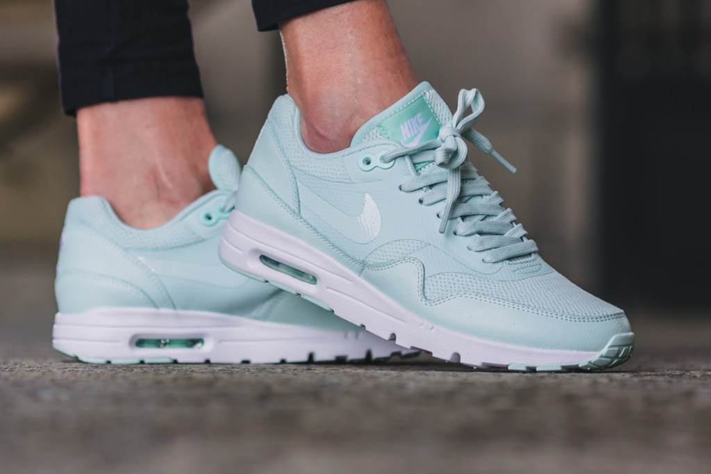 Une nouvelle Air Max 1 Ultra Essential pastel