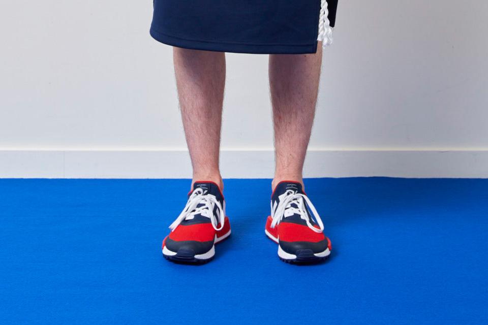 Adidas Originals et White Mountaineering collaborent pour quatre sneakers.4