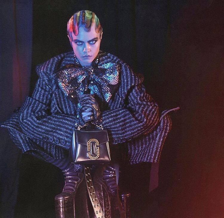 Après Missy Elliott, Marc Jacobs s'entoure de Marilyn Manson, Courtney Love et Cara Delevingne pour sa campagne Fall 2016
