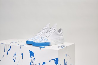 Filling Pieces et Beaker collaborent pour créer la Low Top Baker en deux colorways.2