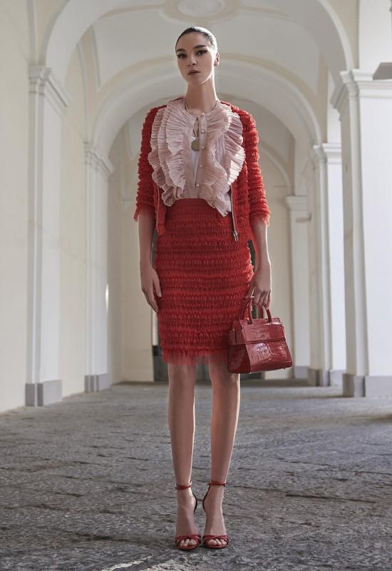 Givenchy s'inspire de plusieurs influences pour sa pré-collection printemps 2017.2