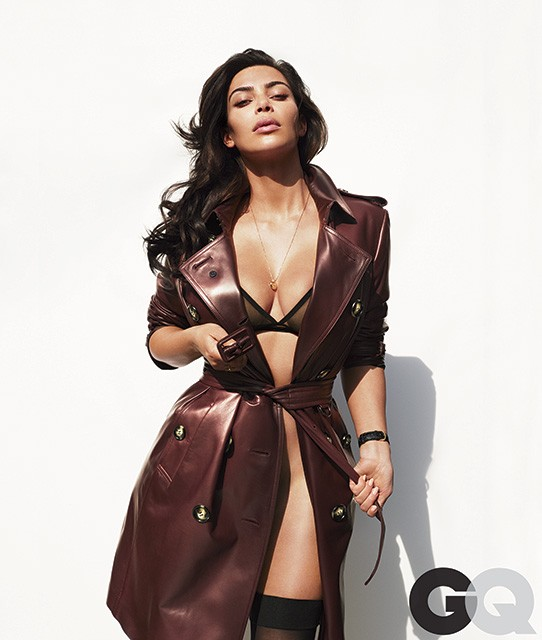 Kim Kardashian pose pour le numéro annuel de GQ US