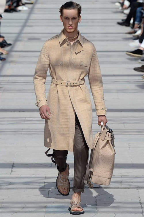 LOUIS-VUITTON-SS-17-MENSWEAR