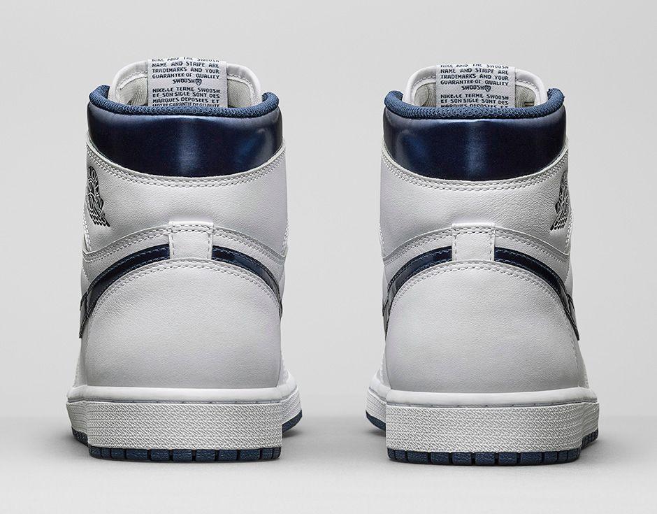 La Air Jordan 1 métallisée est remise au goût du jour.é