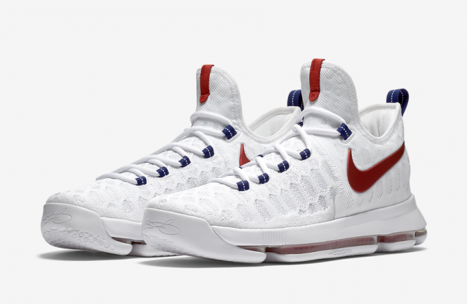 Nike Basketball sort de la Nike KD 9 USA