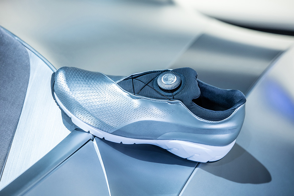 Puma et BMW collaborent pour sortir une nouvelle sneakers, la X-CAT DISC