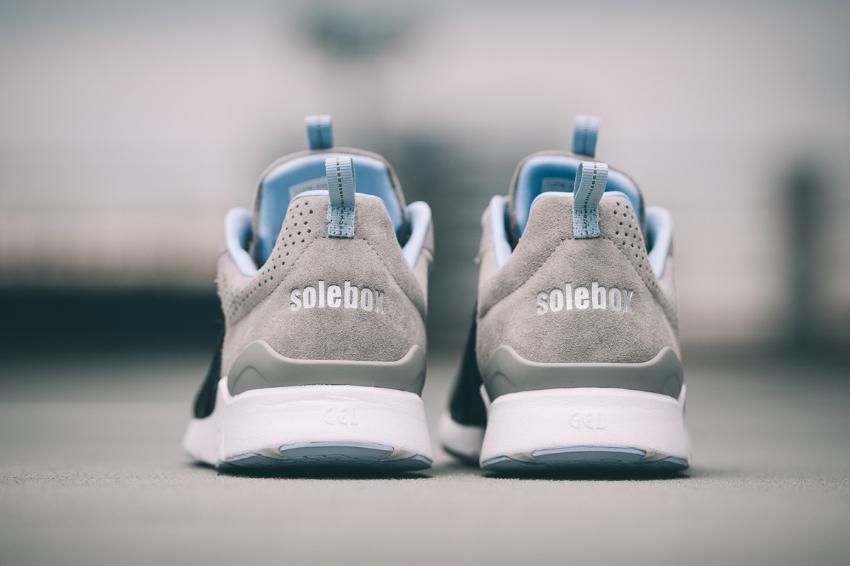 Asics et Solebox collaborent pour sortir la Gel-Lyte Runner Blue Carpenter Bee Part II