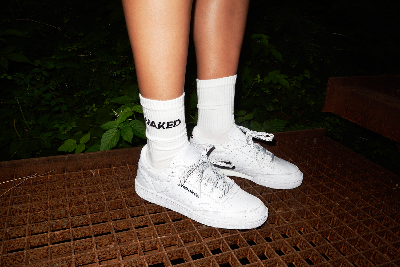 Reebok x Naked : une collection sous le signe des 1990's