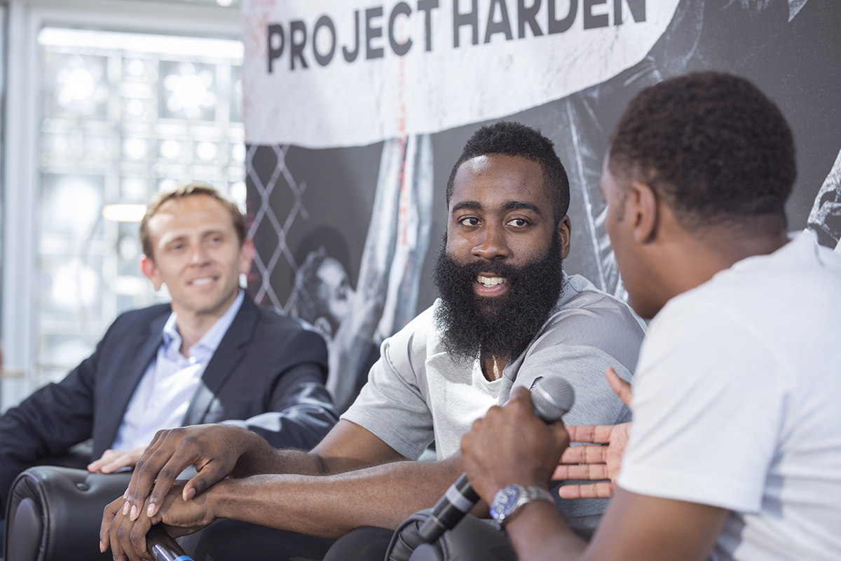 james-harden-takeon-tour-paris4