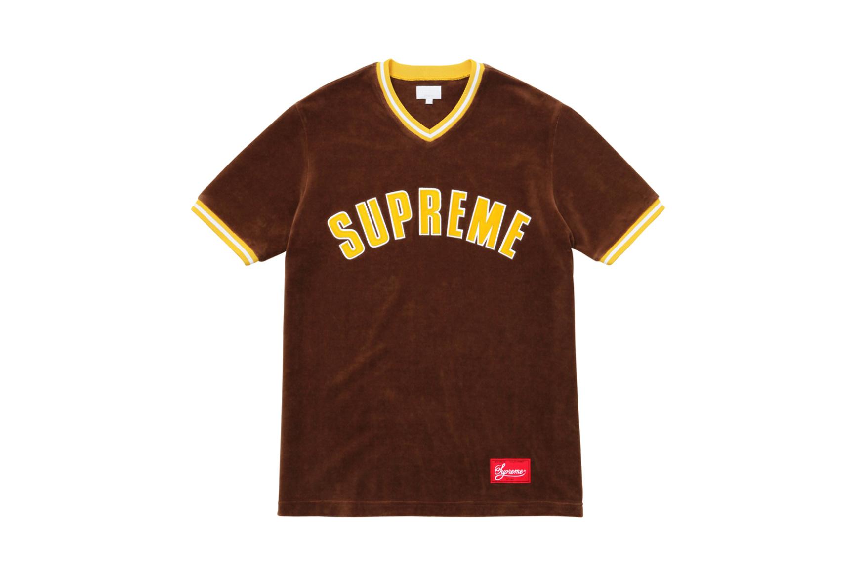 supreme-fw16-lookbook-trends-64