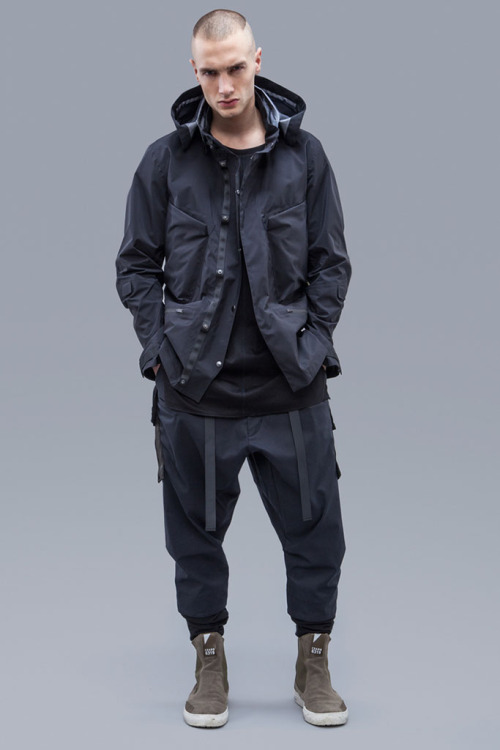 acronym-2016-fall-winter-collection-22