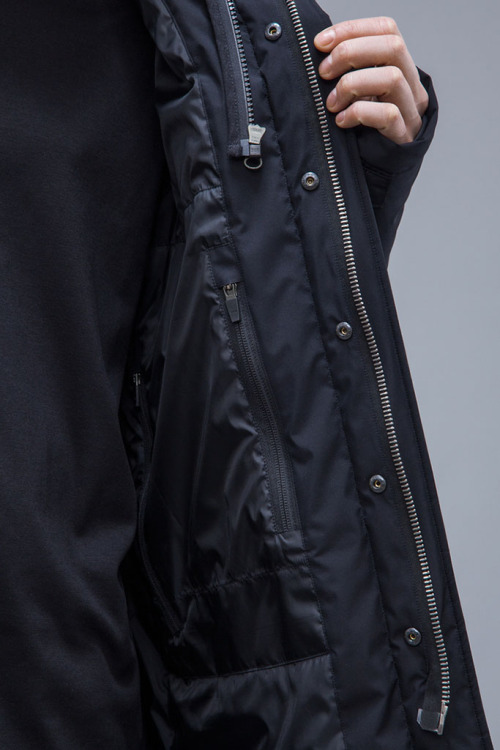 acronym-2016-fall-winter-collection-31