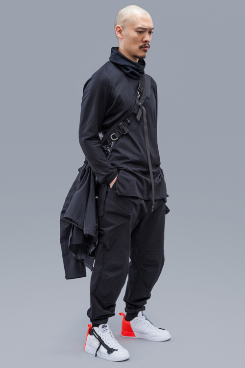 acronym-2016-fall-winter-collection-8