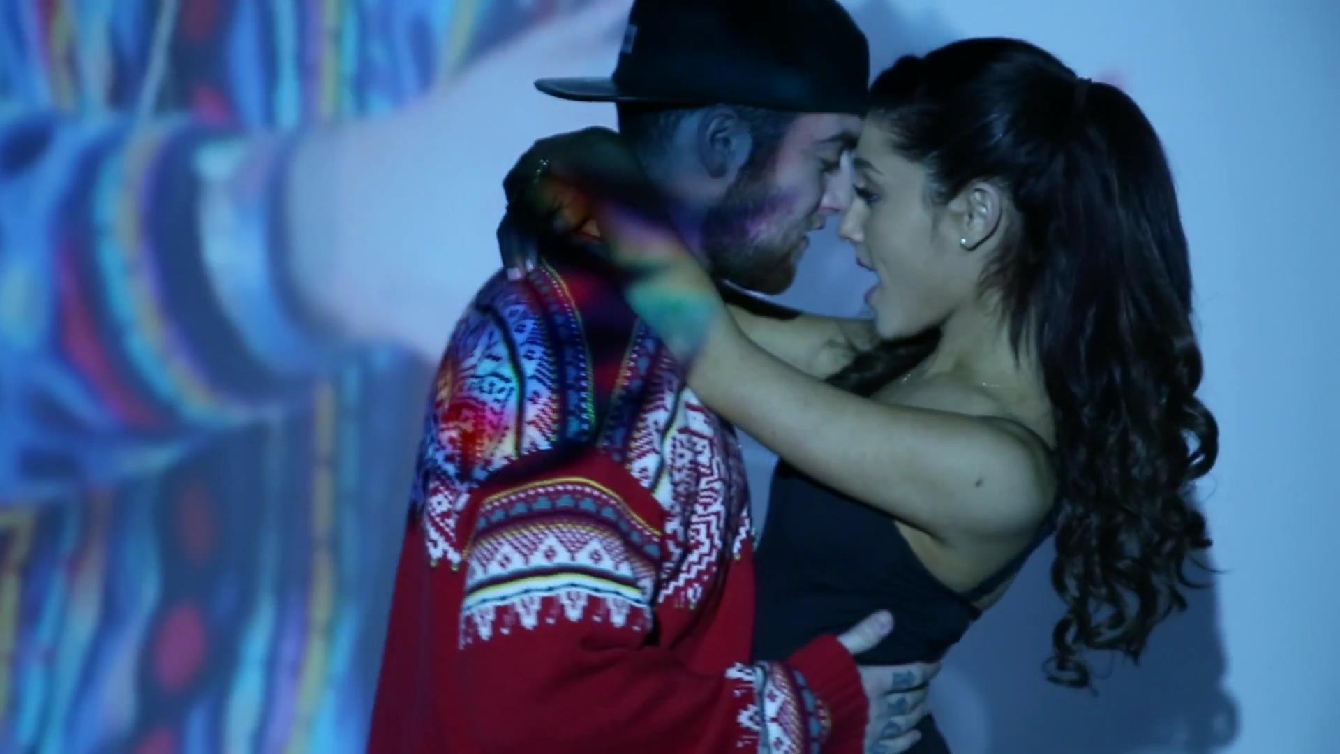 Mac Miller feat. Ariana Grande «My Favorite Part»