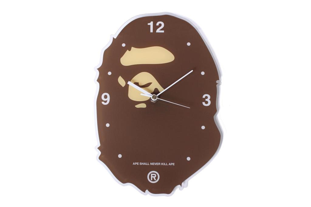 BAPE va sortir une horloge !