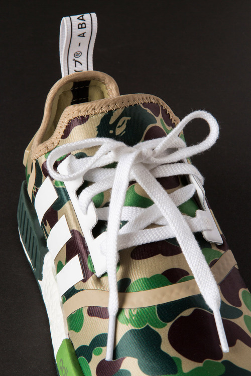 closer-look-a-bathing-ape-adidas-nmd-r1-8