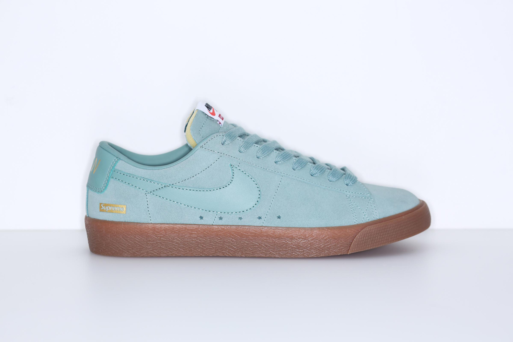 supreme-nike-sb-blazer-low-pink-teal-brown-4