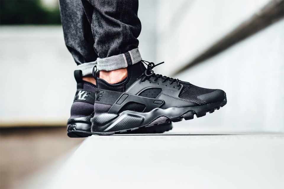 Nike Air Huarache Ultra Triple Black - TRENDS periodical