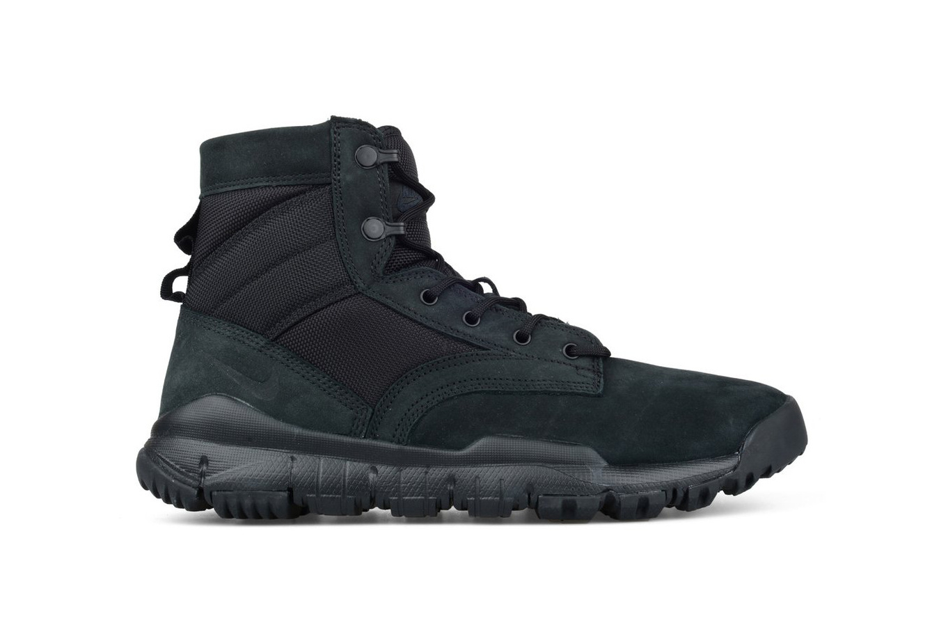 Nike SFB 6 Leather Boot Triple Black - TRENDS periodical