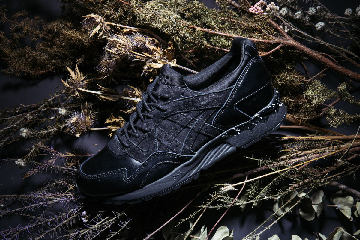 La monkey time x Asics Gel-Lyte V triple black est au top