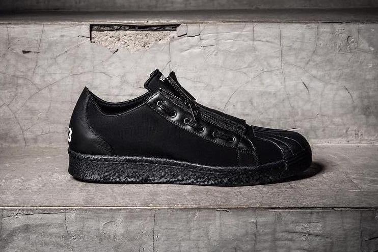 adidas-y-3-super-zip-triple-black-1