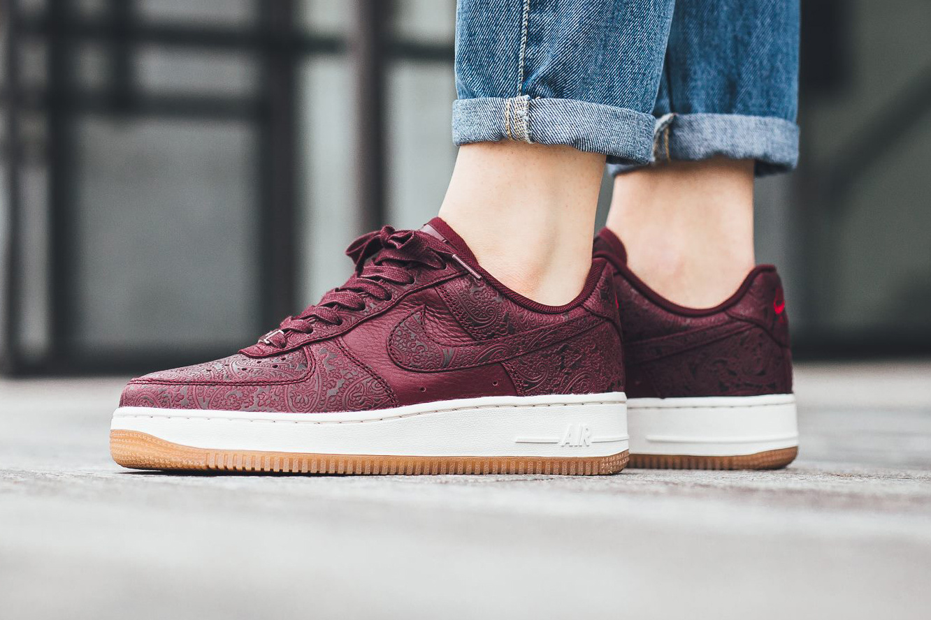 Nike Air Force 1'07 Premium Essential - TRENDS periodical