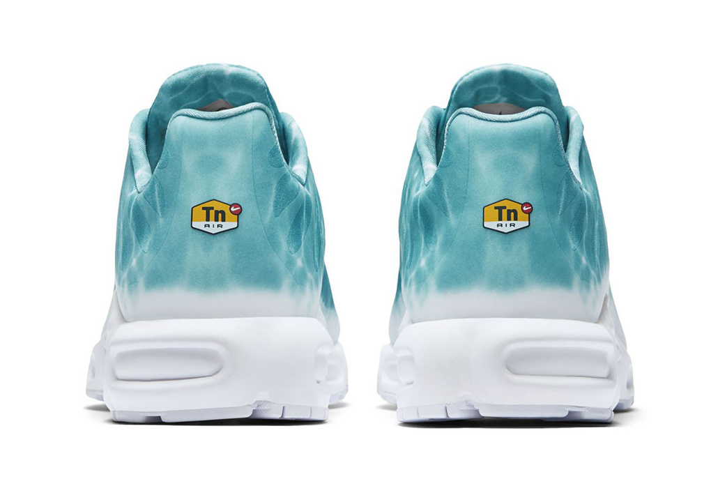 Nike Air Max Plus Swimming Pool - TRENDS periodical
