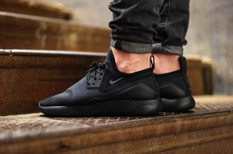 Nike LunarCharge Triple Black - TRENDS periodical