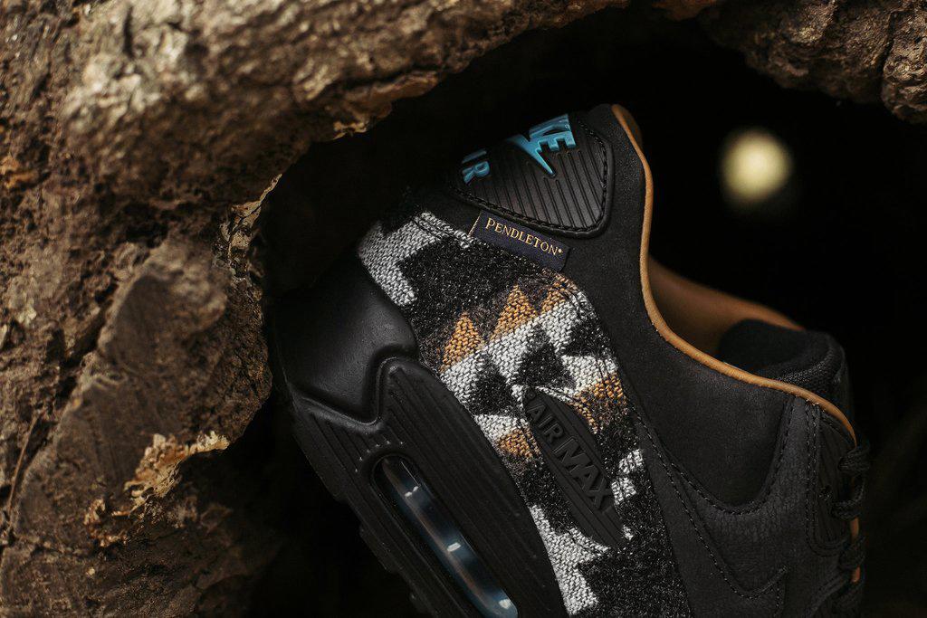 Pendleton x Nike Air Max 90 - TRENDS periodical