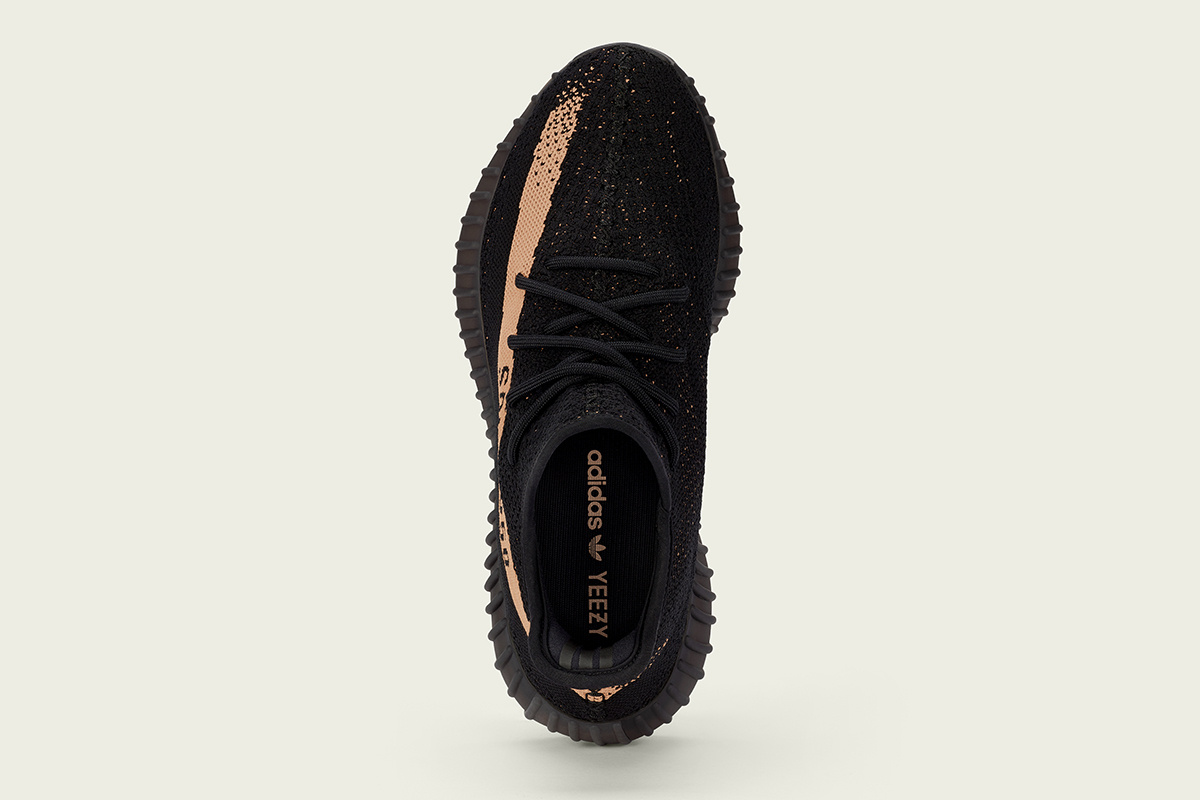 Yeezy BOOST 350 V2 - TRENDS periodical