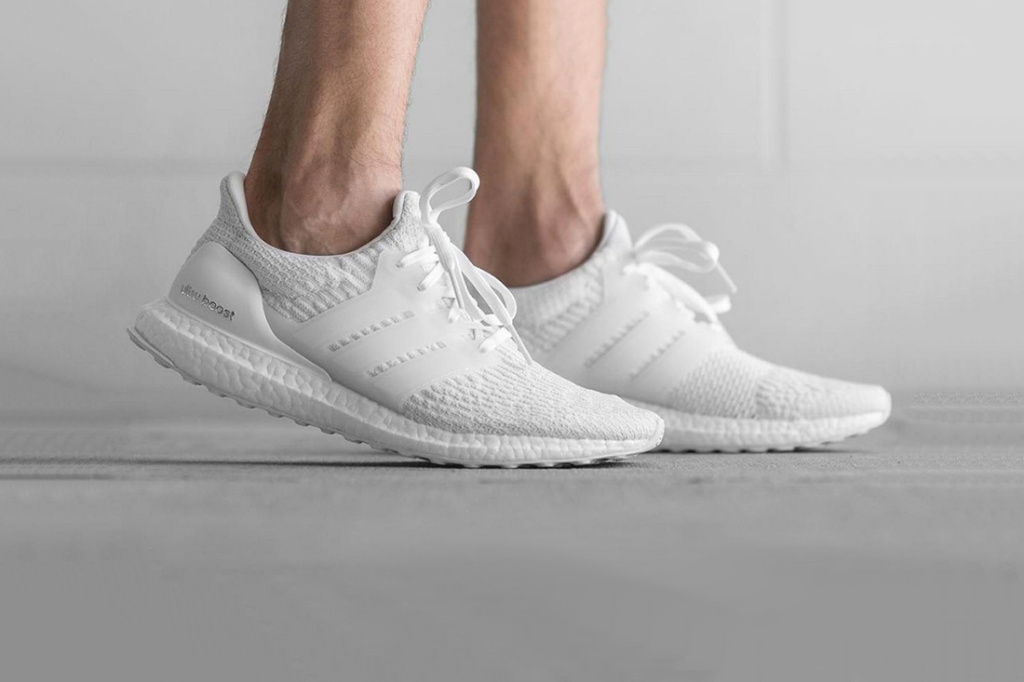 Les adidas UltraBOOST 3.0 «Triple White» et «Black» sortiront très bientôt